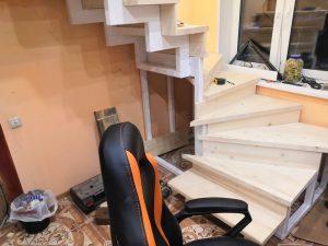 внутридомовая лестница